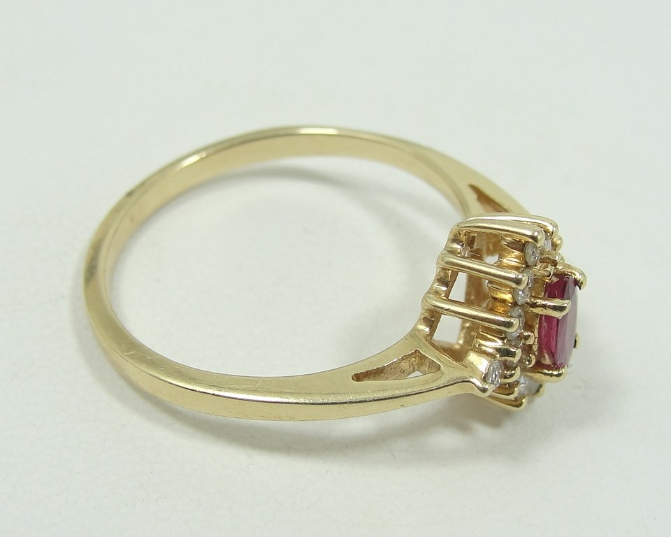 auctions canada 14k gold ring diamonds ruby