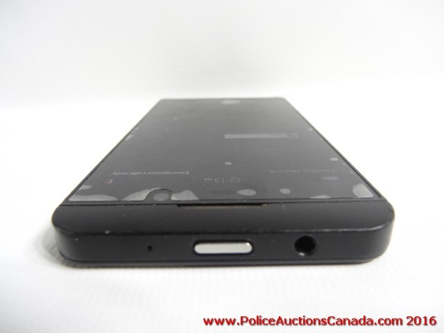 police auctions canada blackberry z10 phone mobilicity 126801b. Black Bedroom Furniture Sets. Home Design Ideas