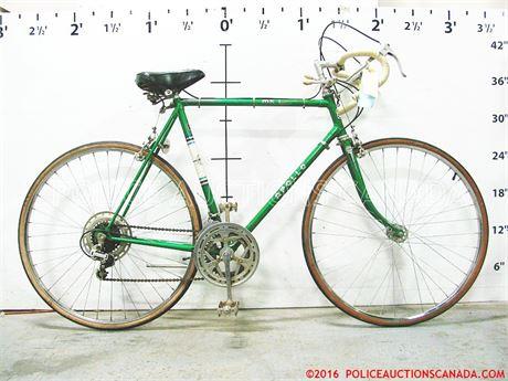 Police Auctions Canada Apollo Mk1 10 Speed Classic Road Bike