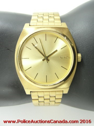 Police auctions canada nixon minimal stainless steel for Minimal art wrist watch