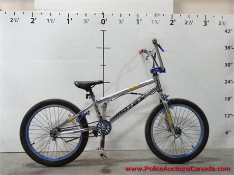 Police Auctions Canada - X-Games Motox BMX-Style Bike (130539D)