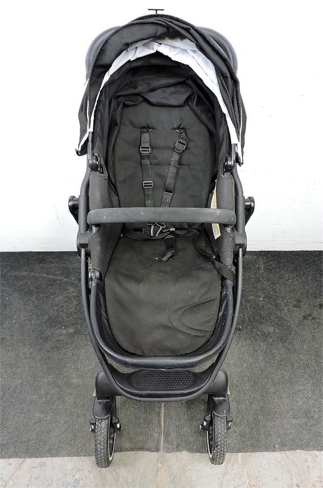 Police Auctions Canada - Graco Evo XT Quad Folding Baby ...